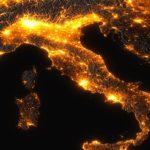 Energia, l'Italia dipendente dall'estero ma crescono le fonti rinnovabili