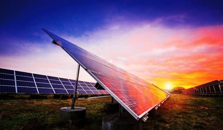 Parte dei sussidi alle fonti fossili per finanziare transizione alle rinnovabili